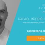El fisioterapeuta Rafael Rodríguez imparte una ponencia sobre la reeducación motora de la apraxia ideomotora