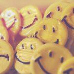 Trastorno bipolar, caras sonrientes y tristes